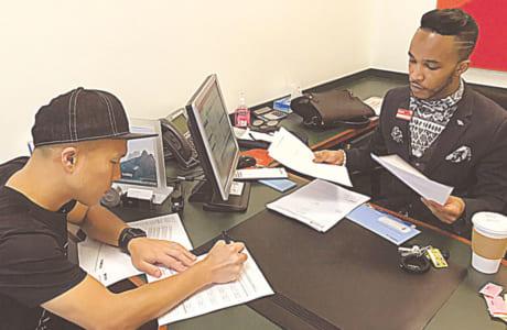 今年1月、NYで法人登録の契約を締結しました