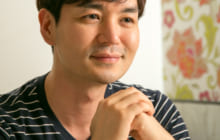 画像:【374号】カルチャールーム – 熊本地震復興支援チャリティーコンサートのため来熊した 韓国の歌手・俳優 イ・ヨンホさん
