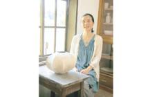 画像:【380号】すてきびと – 陶芸家 福島 万希子さん