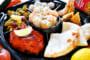タンドリーチキン、生春巻きなども入って大満足のボリューム(+400円でカレー追加)。本格インド・ネパール料理を家庭で