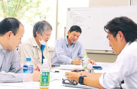 北野さん、会議に出席