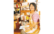 画像:【393号】すてきびと – 家庭文庫 「北野さんちの絵本部屋」主宰 北野 裕子さん
