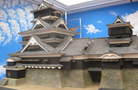 熊本城のミニチュアは三池さんが実物に近いものをと、細かいところまでこだわって製作