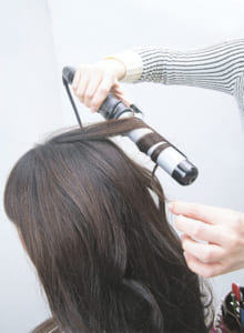 髪を巻いてベース作り