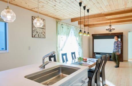 断熱効果の高い室内は、外気温に左右されないので一年中快適な住み心地