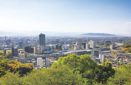 花岡山の頂上からは、熊本市の中心部から東部、南部にかけて一望できます