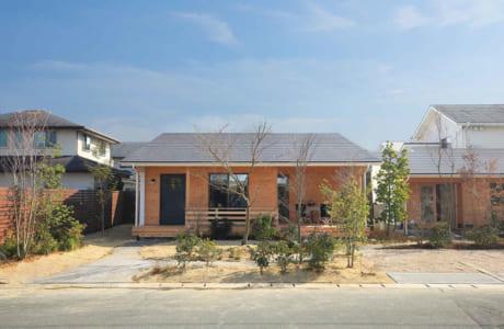東区下江津にある同社モデルハウス