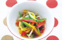 画像:おうちでCOOK – 味付けもずくに彩りを添えた手軽な一品 もずくとパプリカの中華風あえもの