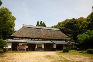 古賀さんの工房がある「旧布施家住宅」(肥後民家村)