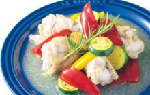 画像:手羽元と夏野菜のドレッシング煮