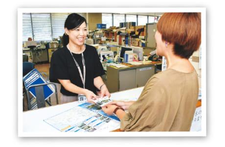「名水百選カード」のうちの2枚をもらいに行ってみました。配布場所は熊本市役所にある水保全課。
