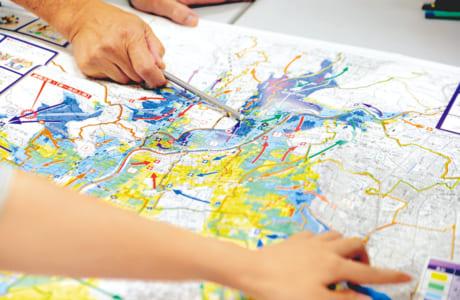 市が作成したハザードマップを基に危険なエリアをチェック