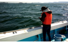 画像:鯛を釣りに海へ出た【熊本大学新聞社】