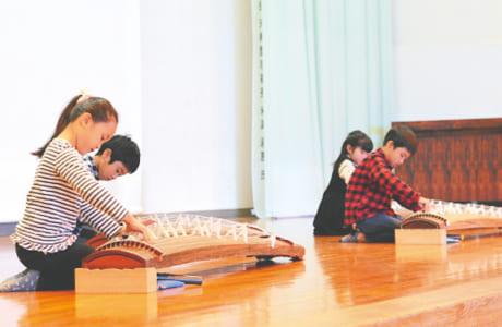 チアダンスや琴の演奏など、子どもたちの頑張りに大きな声援