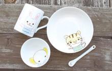 マグカップ1030円、皿720円、茶わん(大)820円、スプーン310円