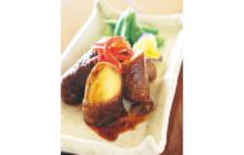 画像:おうちでCOOK – リンゴの肉巻き黒酢仕立て