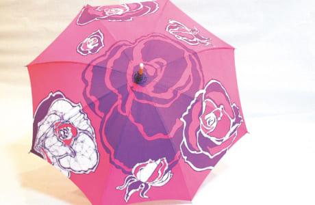 日傘 1万6200円(写真)。1万4000円~あります