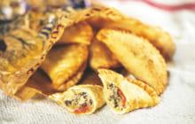 画像:魚嫌いのお子さんにも! おやつにおすすめ マンマのパンツェロッティー(揚げピザ)