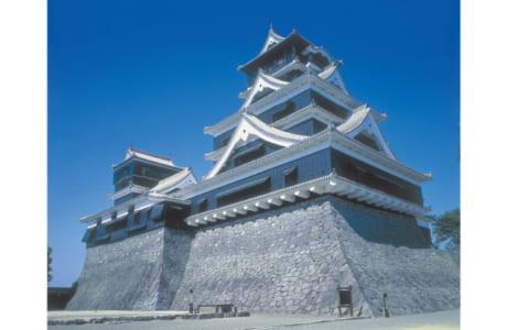 熊本地震の被害を受ける前の熊本城の雄姿