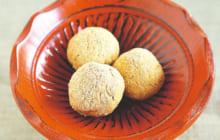 画像:おうちでCOOK – お茶のお供に ほんのり甘くて香ばしい味わい クルミきな粉ボール