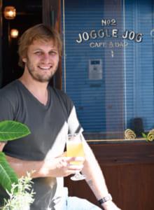 「火〜木曜は店の3階で友人がヨガ教室を開いています。インスタグラム(アカウントはjoggle_jog)でイベント情報など発信中です」とクインさん