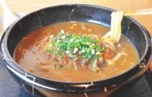 画像:【500号】麺's すぱいす – 丼物と麺のセットメニューが好評 うどん・そば・丼物(どんぶりもの) お食事処(しょくじどころ) 梅の家(うめのや)