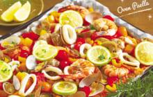 画像:ご飯に魚介のうま味たっぷり! オーブンパエリア