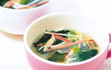 画像:春雨とカニかまのスープ