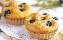 画像:おうちでCOOK – ふわふわのおいしさ。プレゼントにもピッタリ 米粉のブルーベリーマフィン